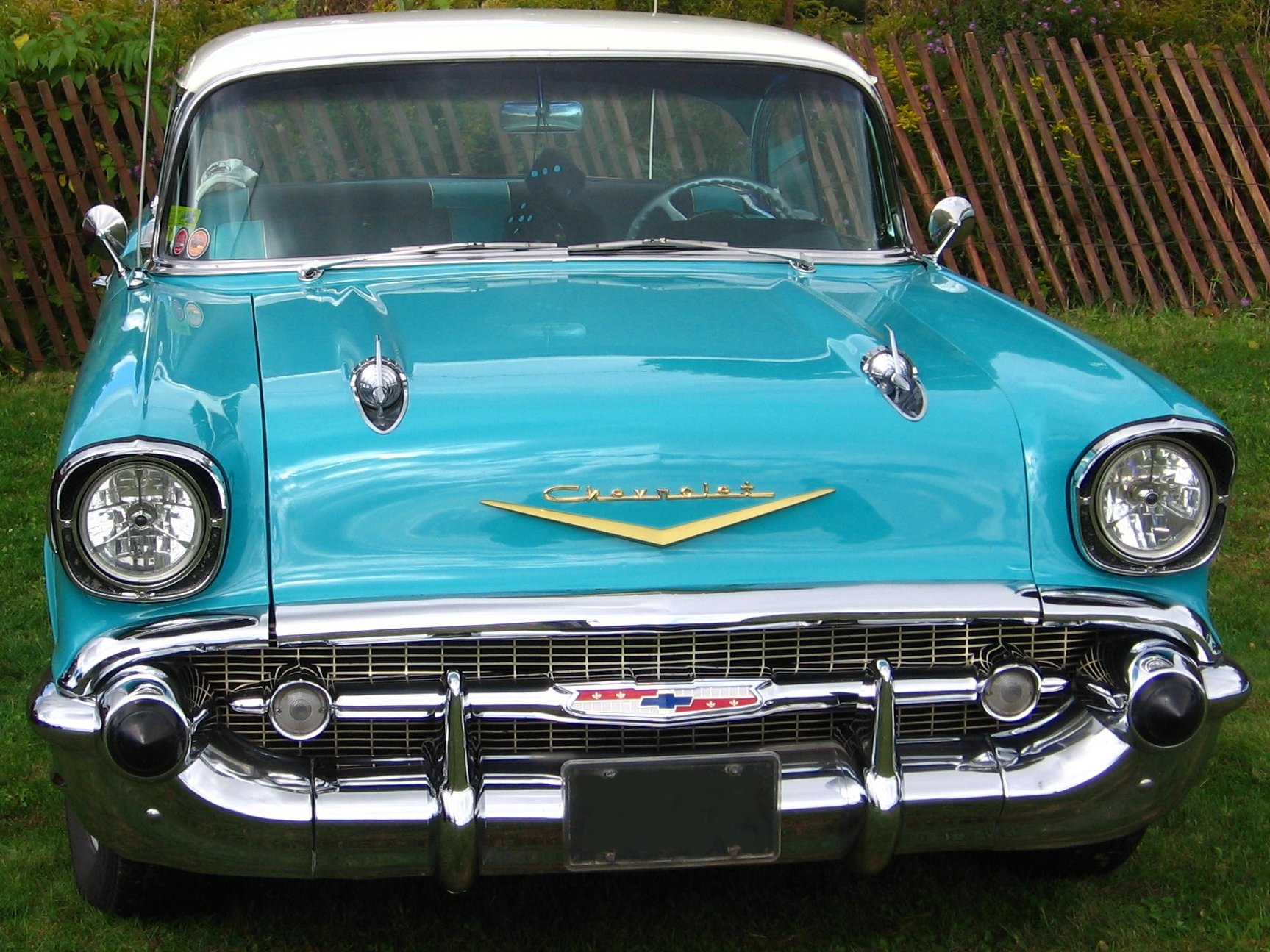 Old Cars Guide: 1957 Chevrolet